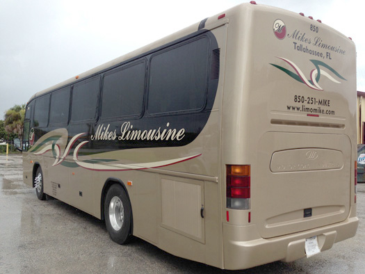 Mike 39 s limousine tallahassee prom limos prom limo for Motor city party bus