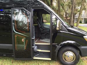 mercedes 16 passenger van